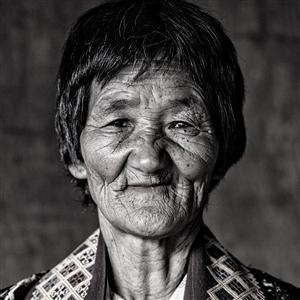 "A Bhutan Lady Photograph on Fine Art Paper 24"" x 24"""